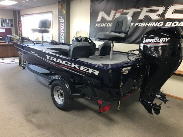2021 Tracker Boats boat for sale, model of the boat is Pro 170 & Image # 1 of 44