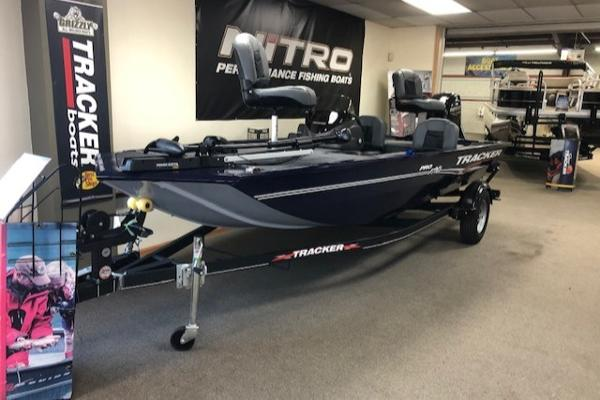 2021 Tracker Boats boat for sale, model of the boat is Pro 170 & Image # 2 of 44