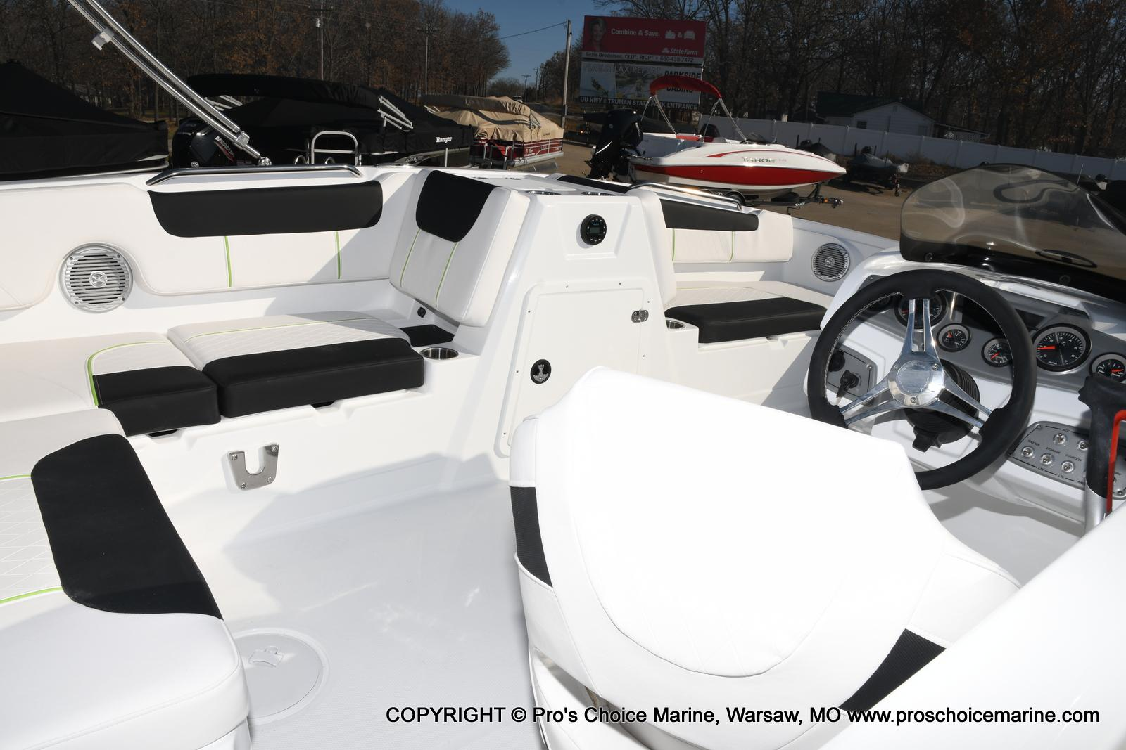 2020 Tahoe boat for sale, model of the boat is 1950 & Image # 28 of 50