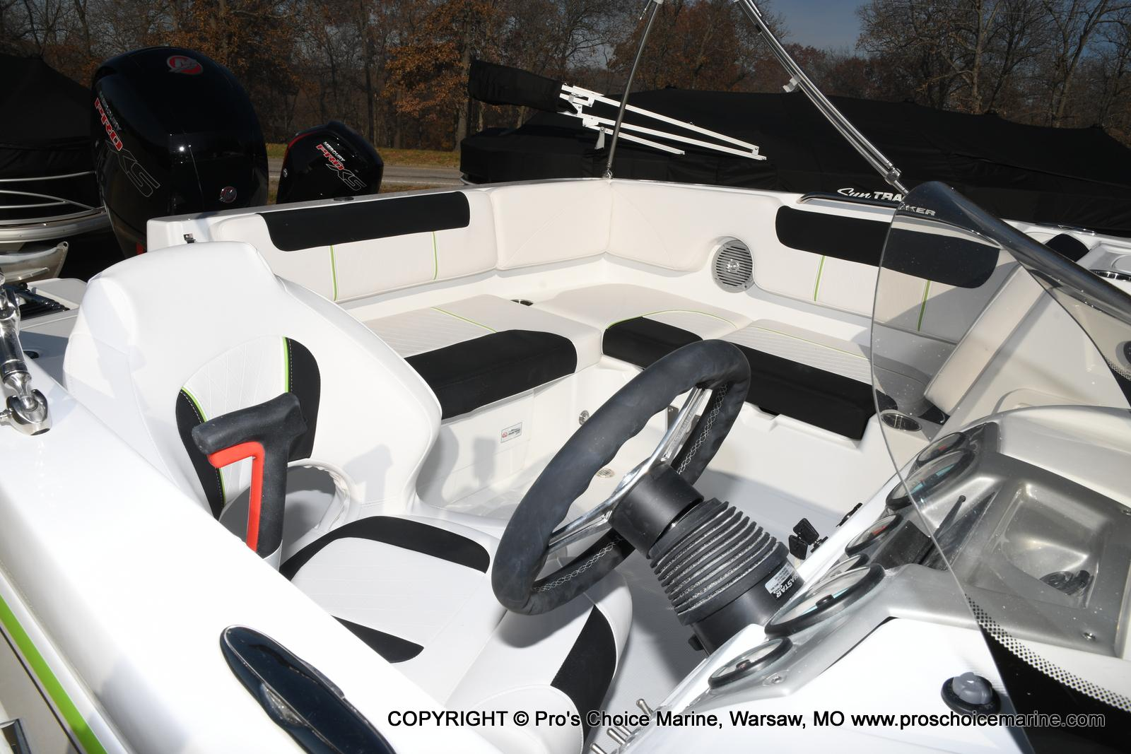 2020 Tahoe boat for sale, model of the boat is 1950 & Image # 5 of 50