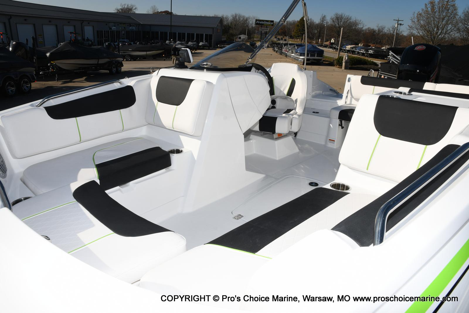 2020 Tahoe boat for sale, model of the boat is 1950 & Image # 7 of 50