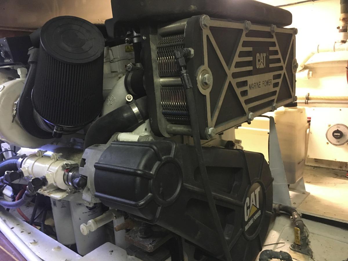 CAT engine - port