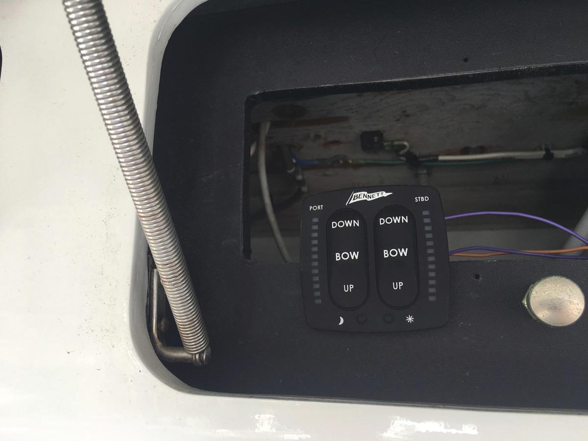 Electronics - Bennett controls