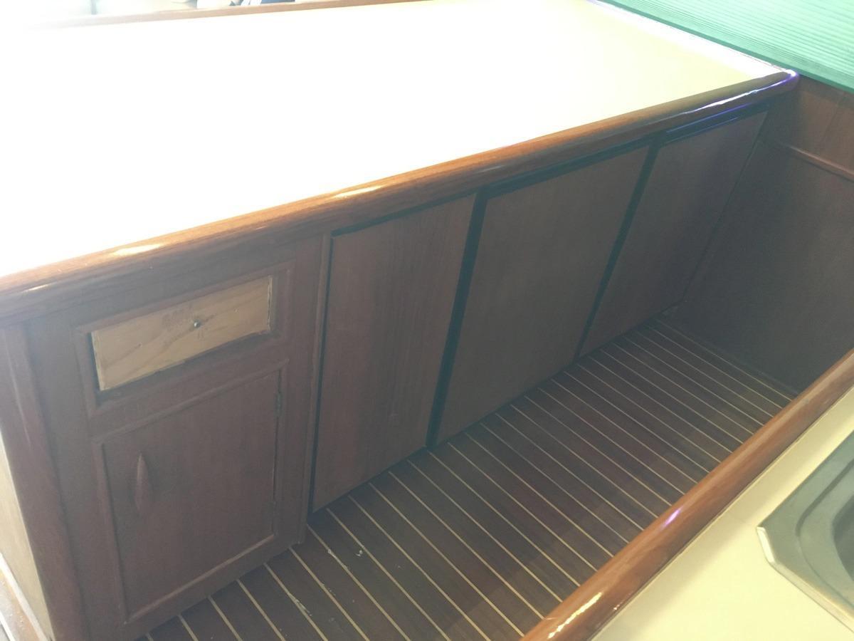 counter below - fridge/freezer