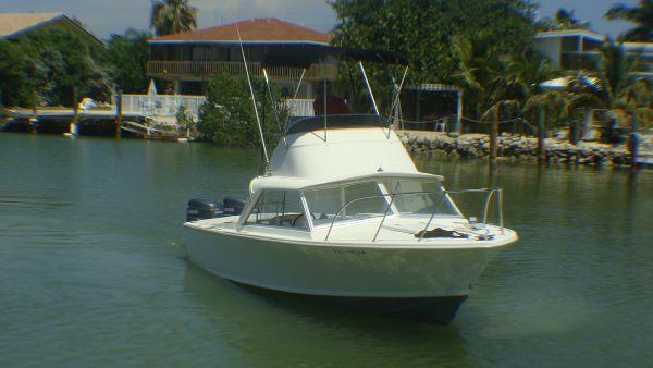 Bertram Convertible Outboard Convertible Convertible Boats