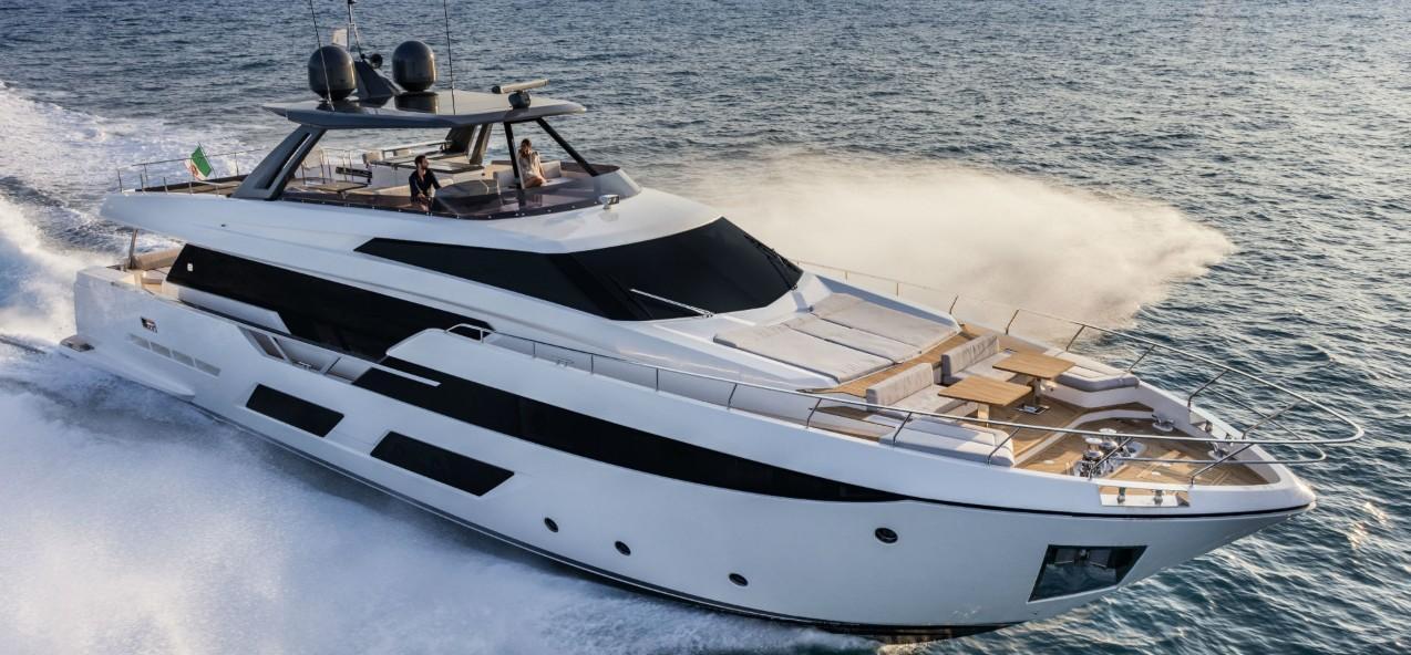 93.5 ft Ferretti Yachts 920