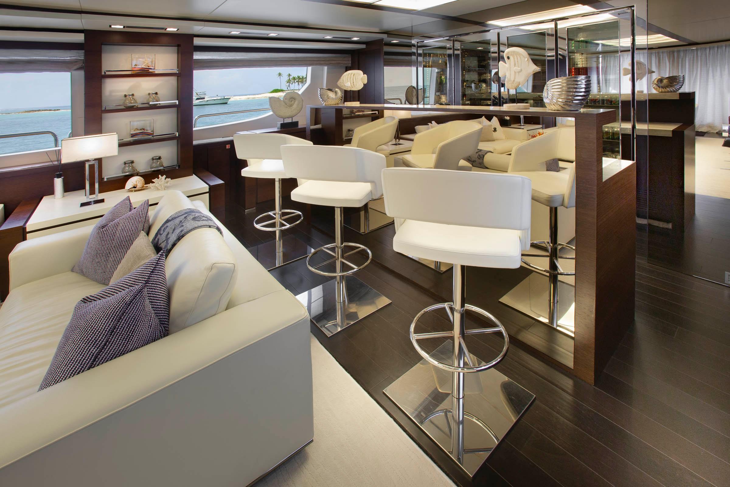 Interior Bar/ Main Salon