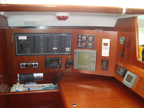 Port Side Aft Cabin W/En Suite Head & Shower