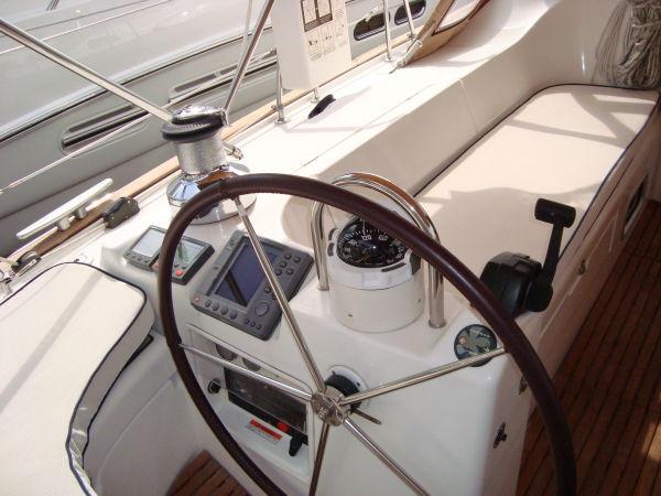 Strbd Steering Helm W/Instrumentation