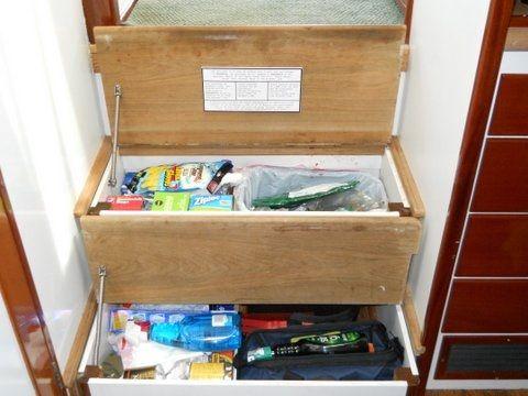 Companionway step storage