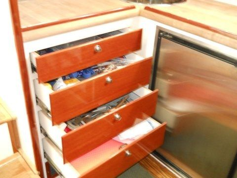 Galley drawer storage