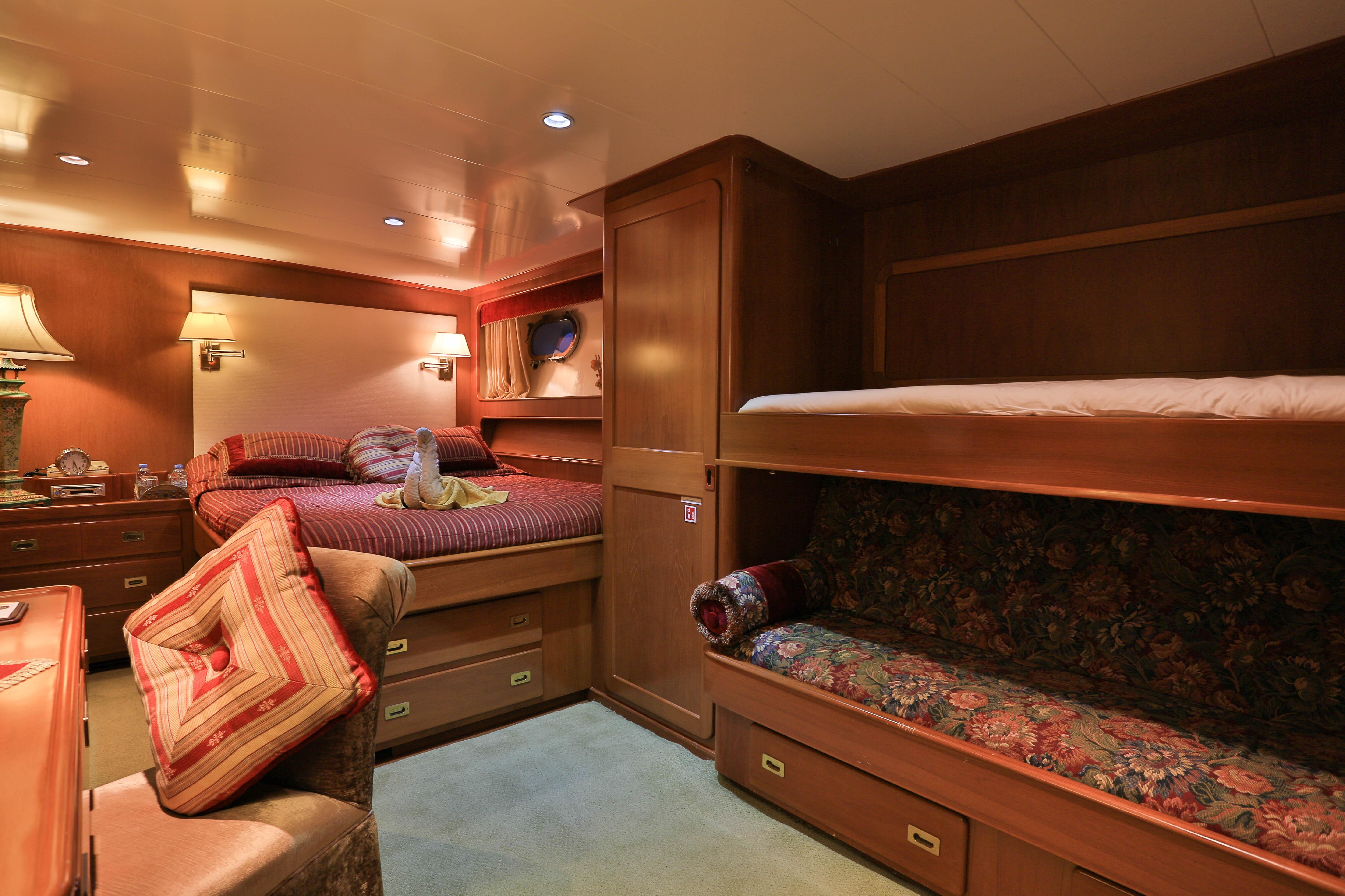 GUEST DOUBLE STATEROOM 2 WITH PULLMAN