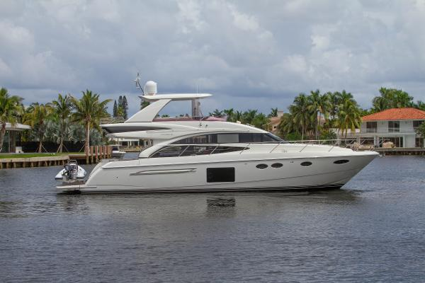 2014 60' Princess Flybridge