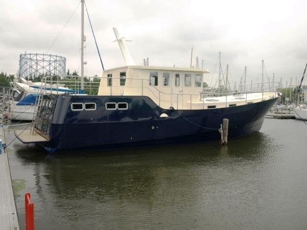 Liveaboards Trawler