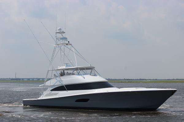 2020 92' Viking 92 Convertible (TBD)
