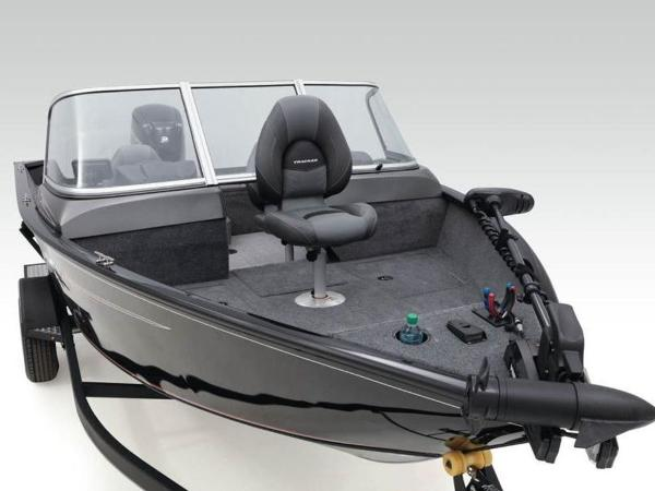 2020 Tracker Boats boat for sale, model of the boat is Pro Guide™ V-165 WT & Image # 15 of 41