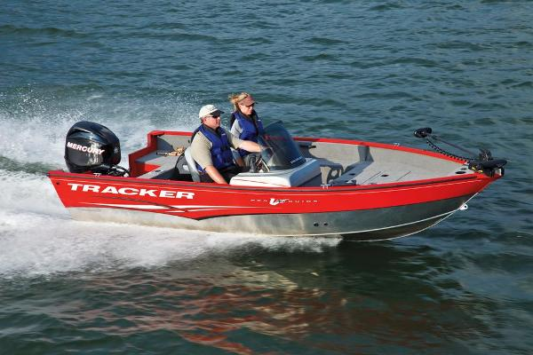 2013 Tracker Boats boat for sale, model of the boat is Pro Guide V-16 SC & Image # 3 of 18