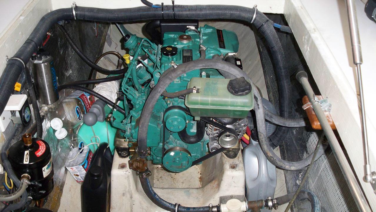 Manta 42 Volvo Diesels