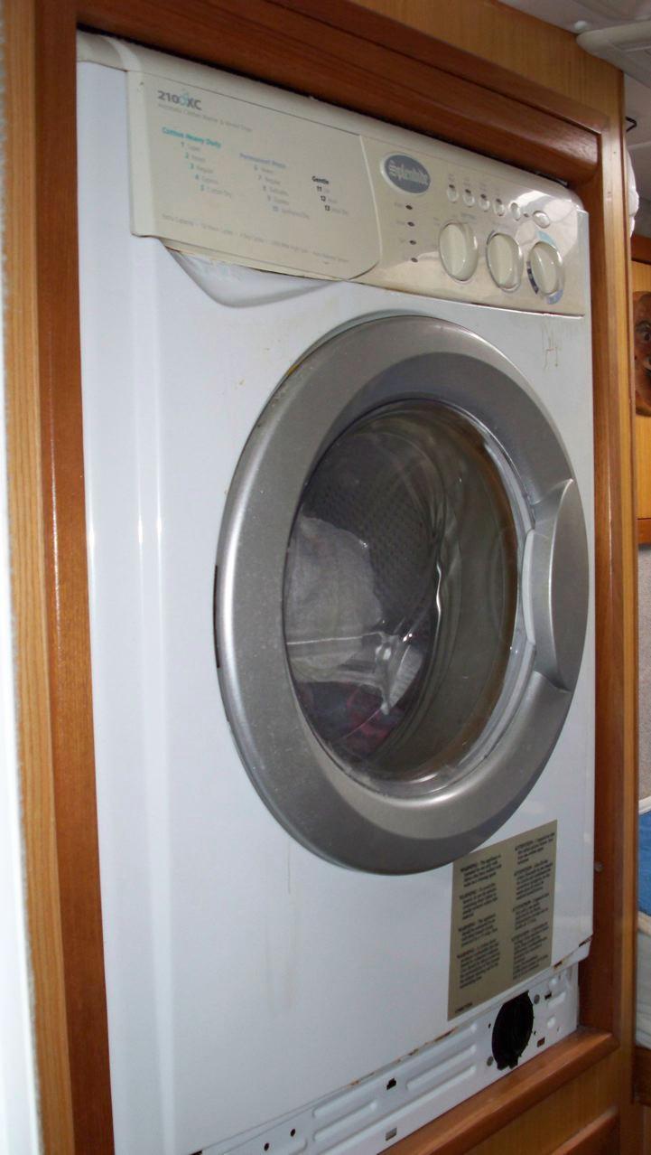 Manta 42 Washer/Dryer