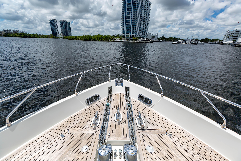 2016  Ferretti Yachts 870 Paola IV - Bow