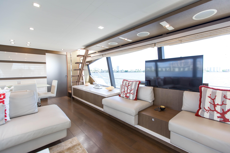 2016  Ferretti Yachts 870 Paola IV - Salon TV