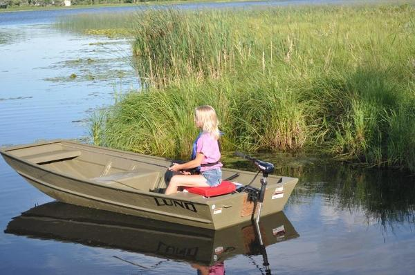 2021 Lund boat for sale, model of the boat is 1040 & Image # 1 of 1