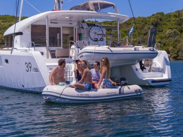 2021 Highfield boat for sale, model of the boat is CL 310 & Image # 11 of 13