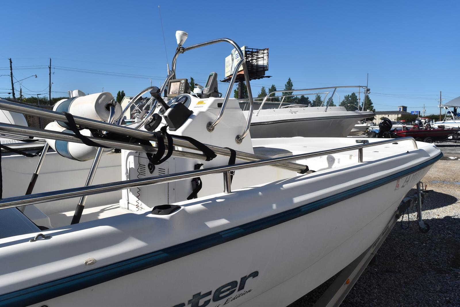 2003 Fish Master boat for sale, model of the boat is 19 & Image # 5 of 6