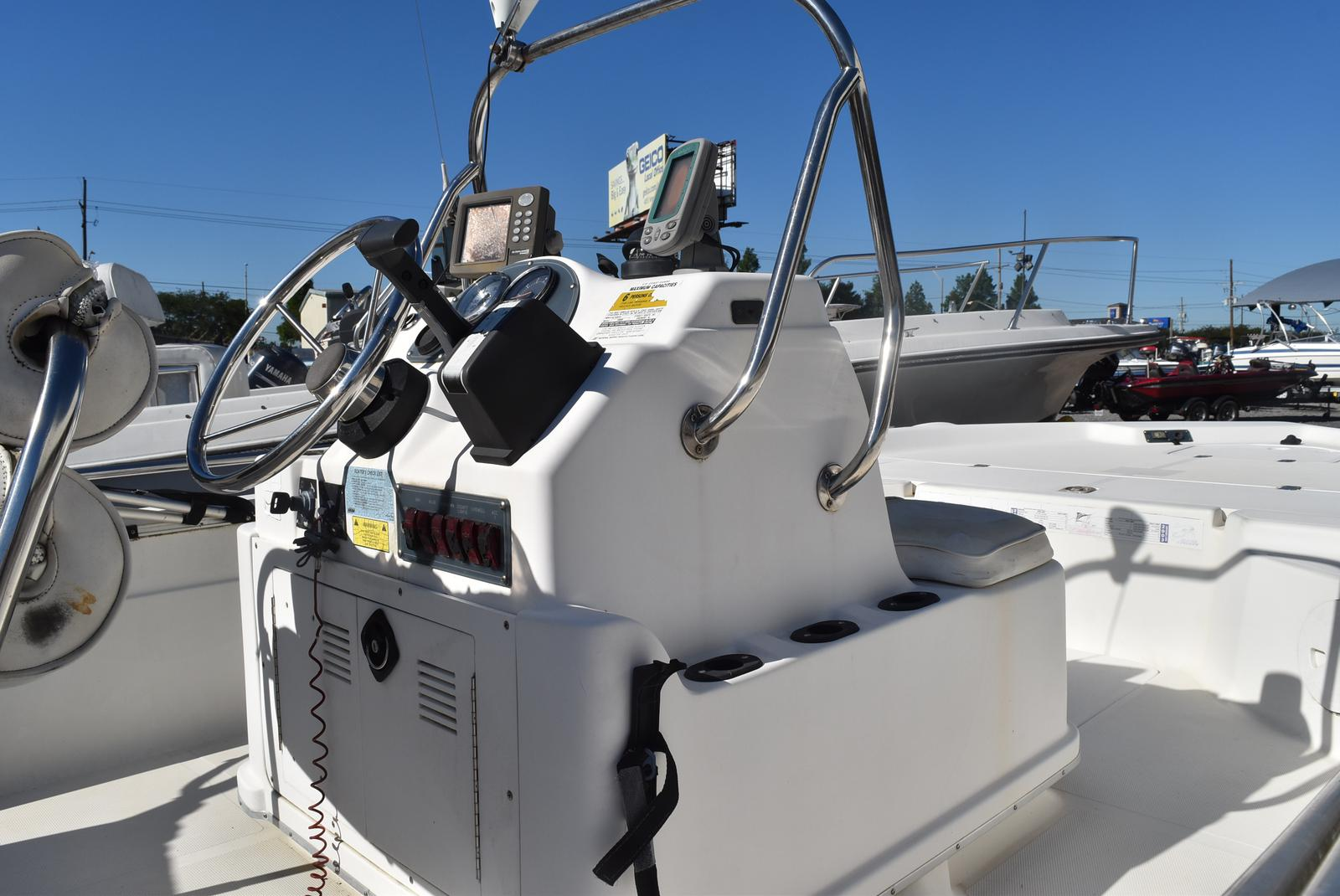 2003 Fish Master boat for sale, model of the boat is 19 & Image # 3 of 6