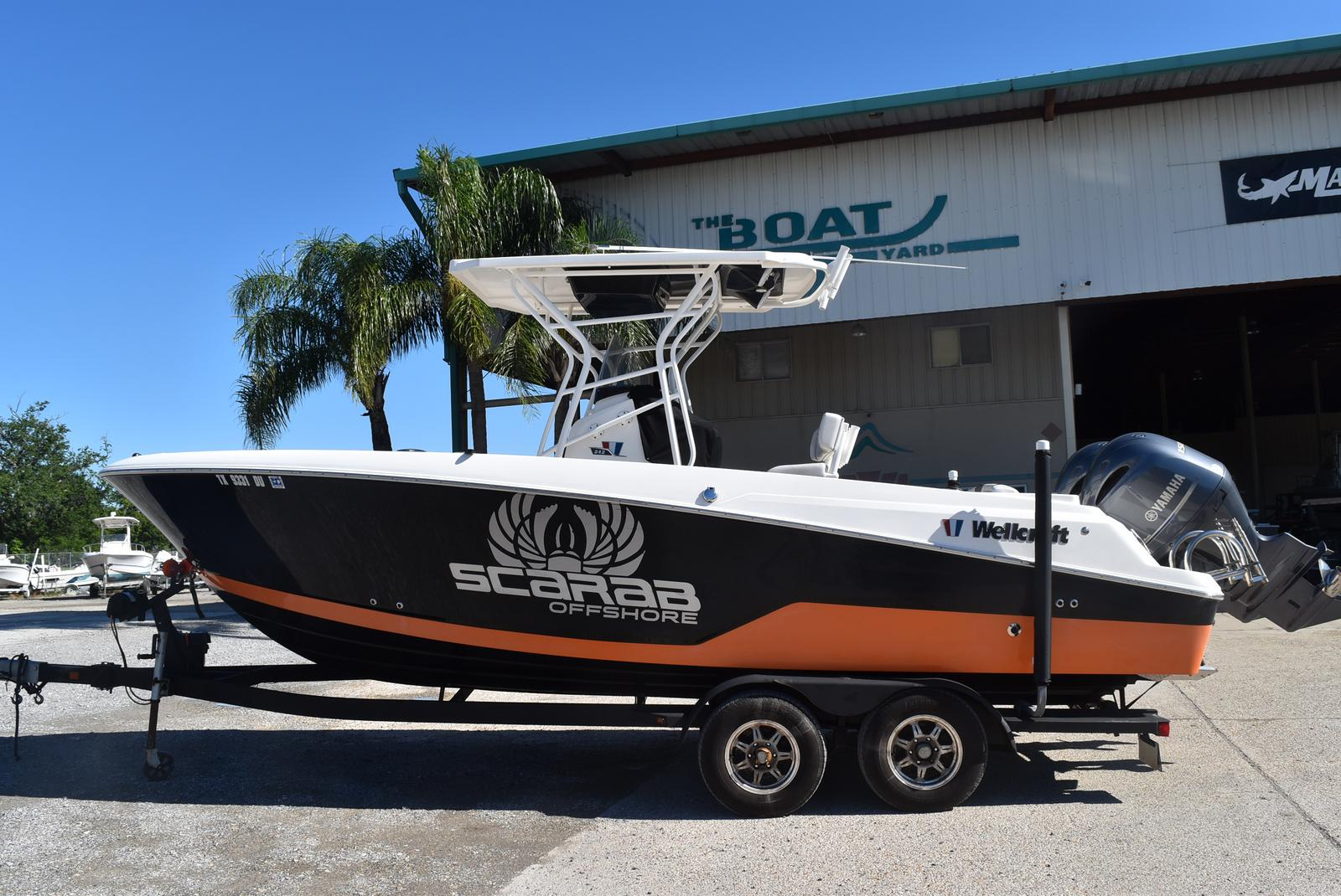 2016 Wellcraft boat for sale, model of the boat is 242 & Image # 1 of 19
