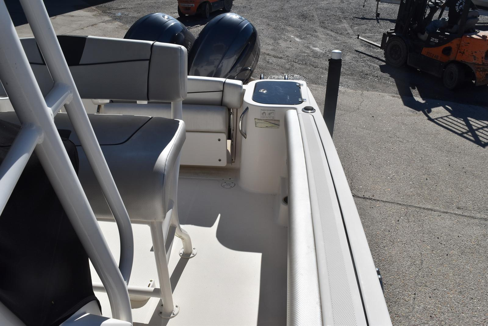 2016 Wellcraft boat for sale, model of the boat is 242 & Image # 15 of 19