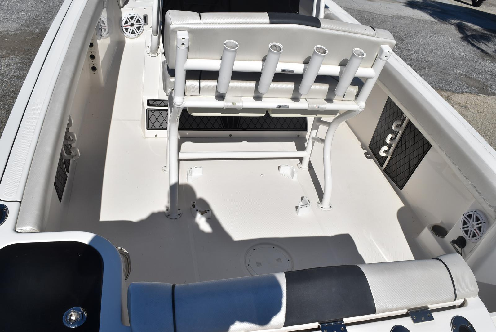 2016 Wellcraft boat for sale, model of the boat is 242 & Image # 5 of 19