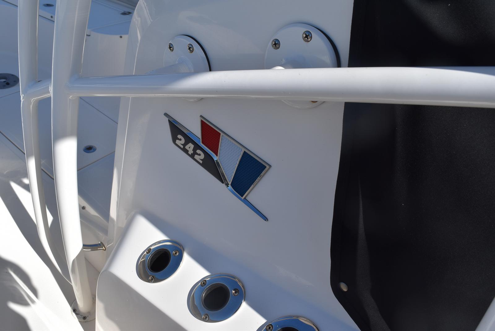 2016 Wellcraft boat for sale, model of the boat is 242 & Image # 9 of 19