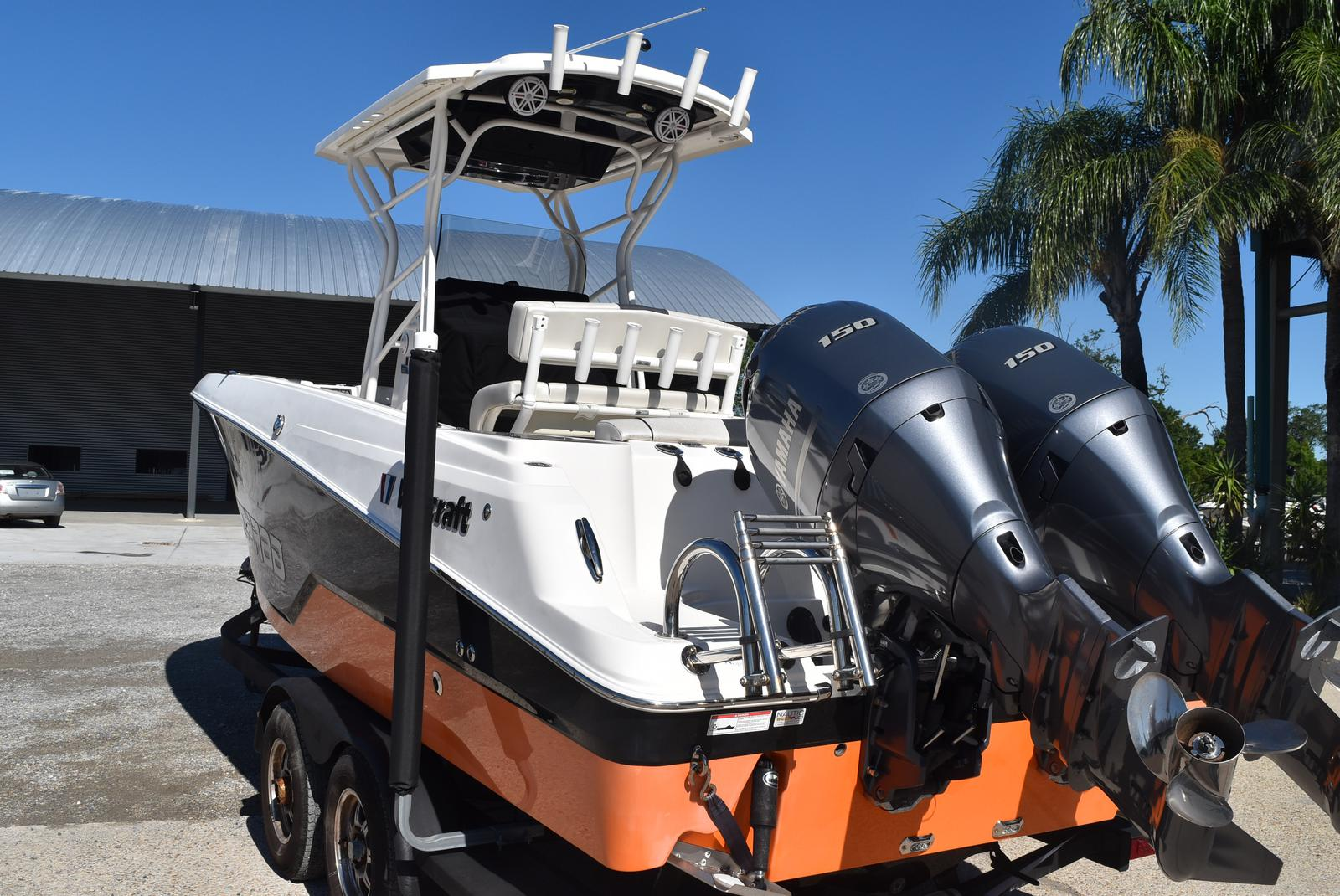 2016 Wellcraft boat for sale, model of the boat is 242 & Image # 12 of 19