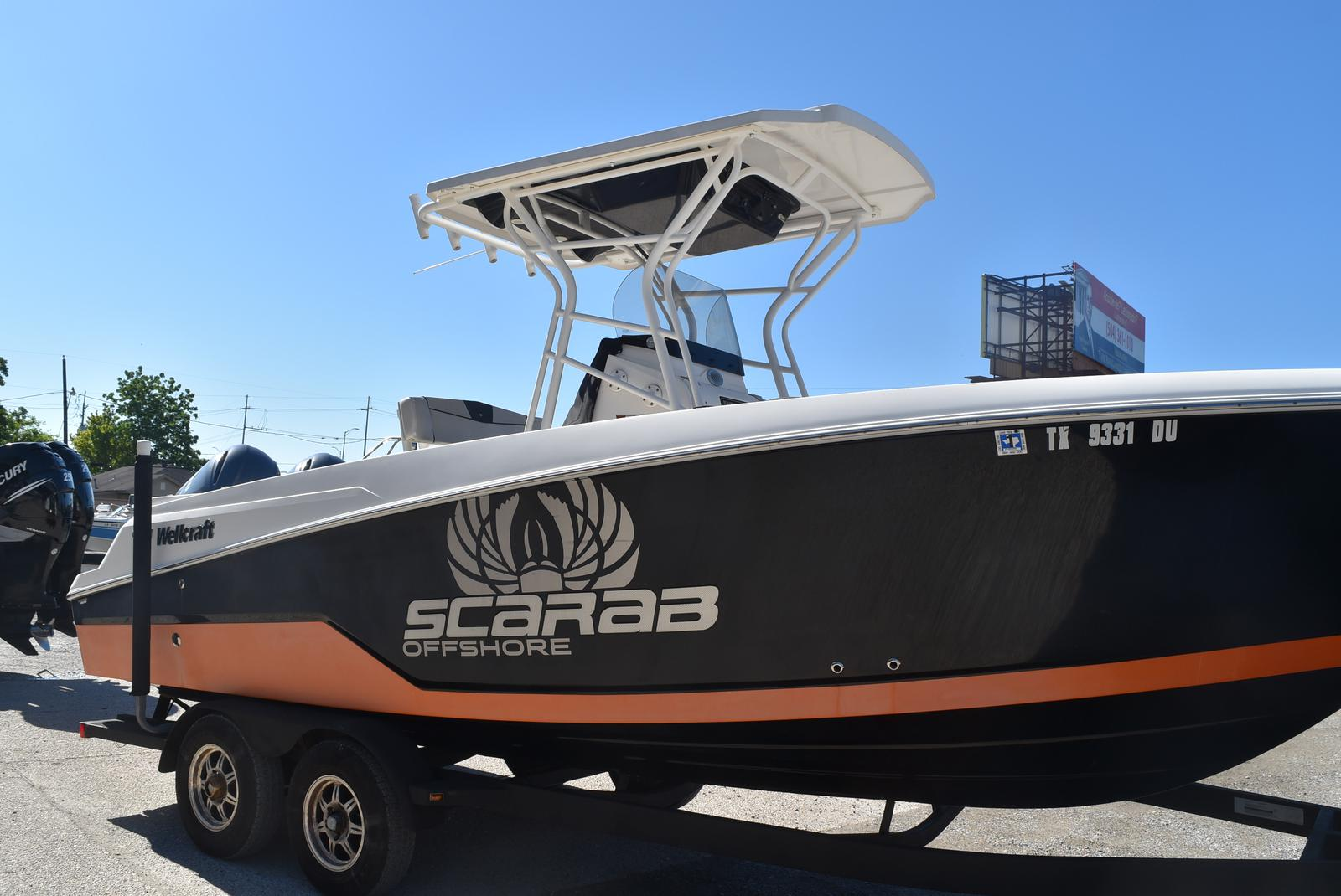 2016 Wellcraft boat for sale, model of the boat is 242 & Image # 3 of 19