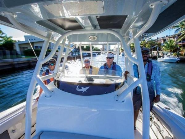2020 Mako boat for sale, model of the boat is 334 CC Sportfish Edition & Image # 2 of 12