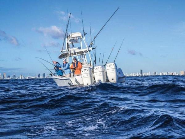 2020 Mako boat for sale, model of the boat is 334 CC Sportfish Edition & Image # 8 of 12