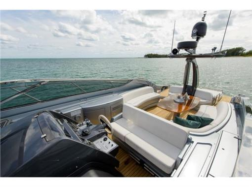2014 Riva 63 Virtus - Cockpit