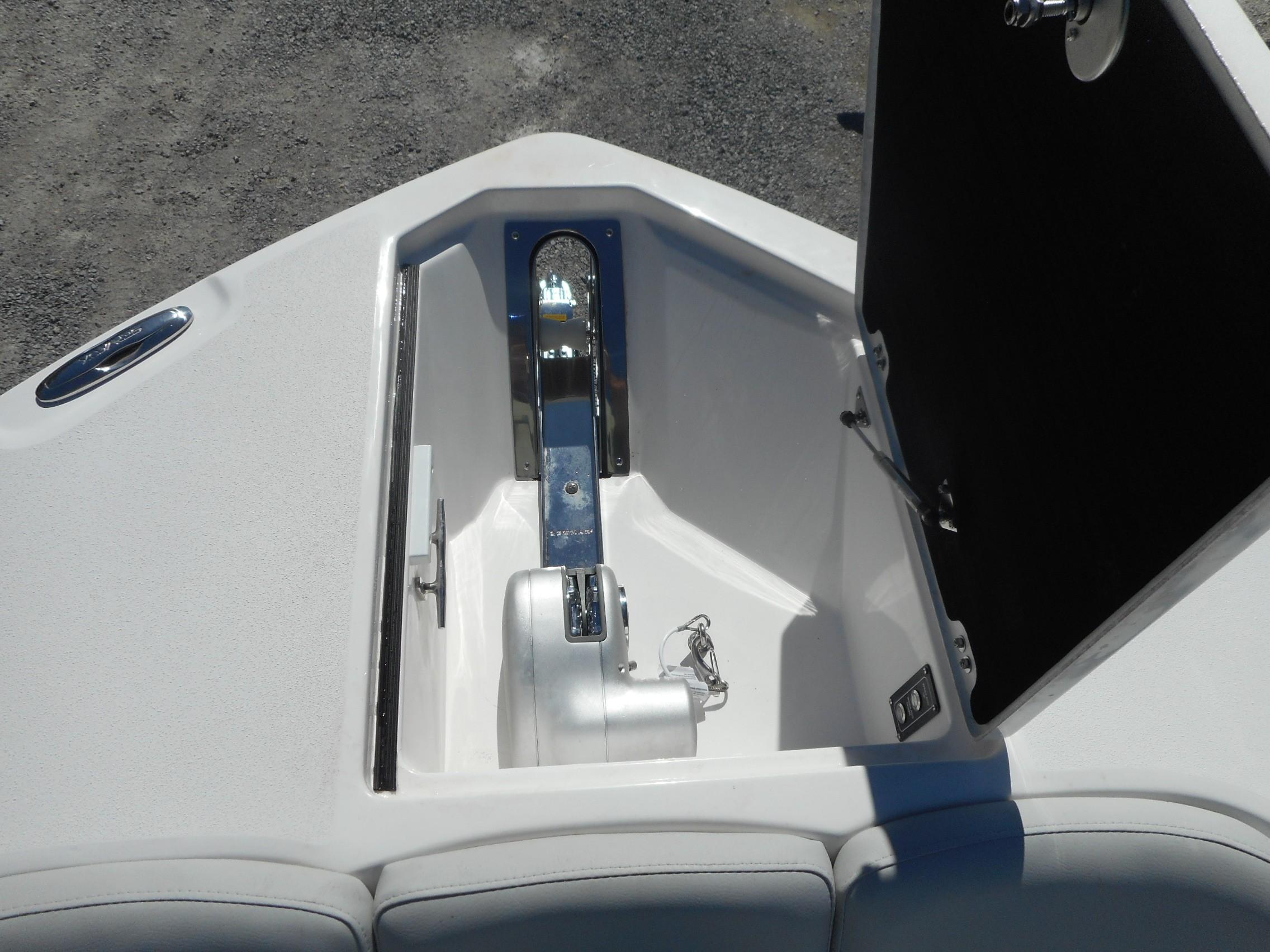 New  2020 28' Sea Fox 288 Commander Center Console in Slidell, Louisiana