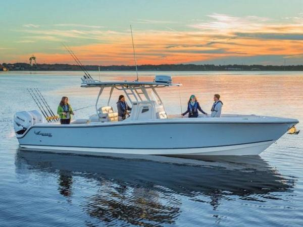 2020 Mako boat for sale, model of the boat is 334 CC Family Edition & Image # 1 of 12