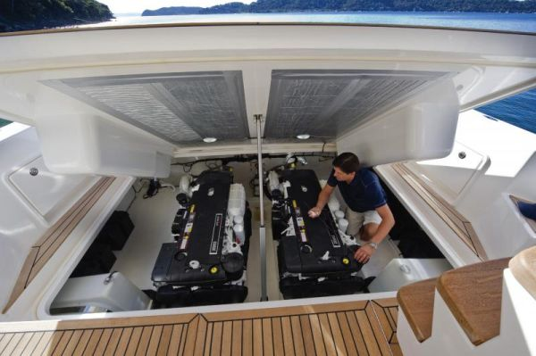 Riviera 43 Flybridge Engine Access
