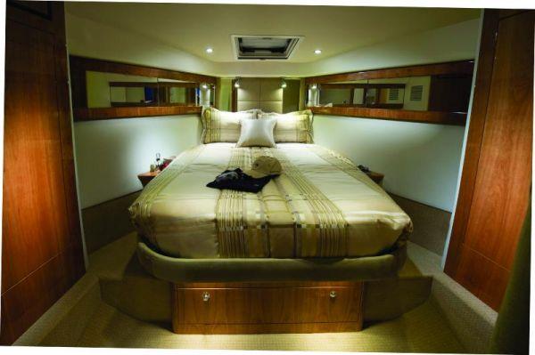 Riviera 43 Flybridge Master Stateroom