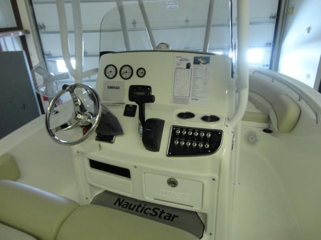 NauticStar2102XS Legacy