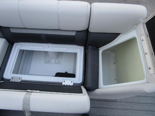 2021 Godfrey Pontoon boat for sale, model of the boat is SW 2286 SFL TT-27 & Image # 17 of 26