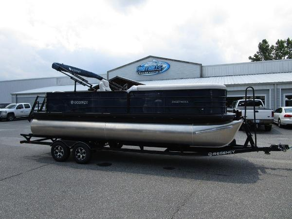 2021 Godfrey Pontoon boat for sale, model of the boat is SW 2286 SFL TT-27 & Image # 1 of 26