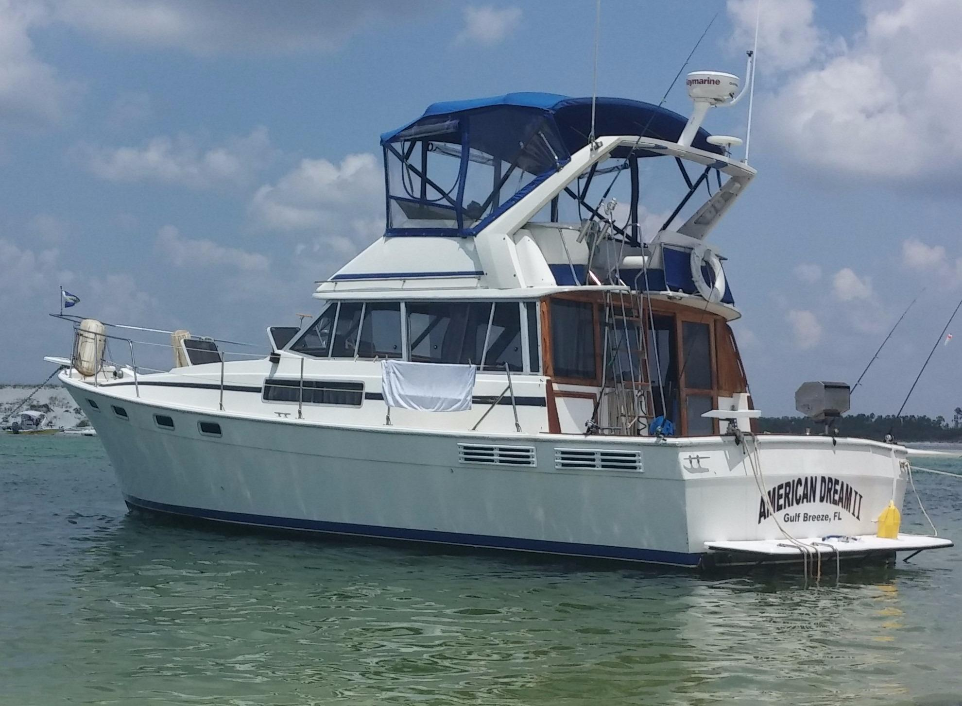 38' Bayliner 1986 3870 Motoryacht