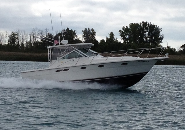 <a href='//www.boatbuys.com/2004-tiara-yachts-3100-open-le-for-sale-in-michigan_2250628'>2004 Tiara Yachts 3100 Open LE - $175,000 USD</a>