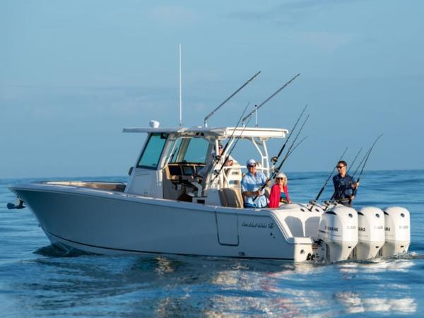 2020 Sailfish boat for sale, model of the boat is 360 CC & Image # 3 of 36