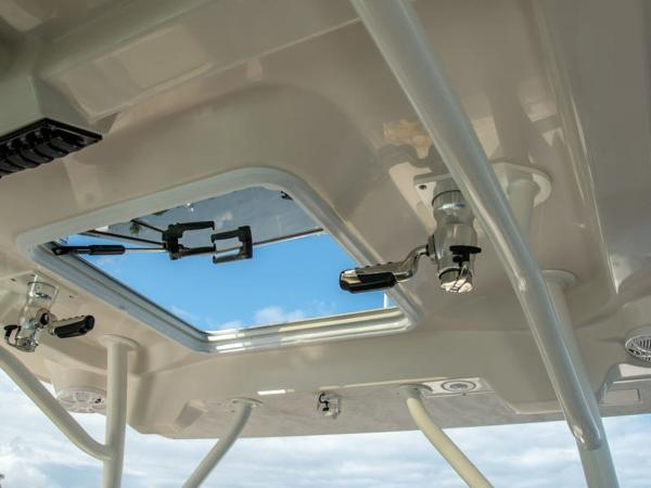 2020 Sailfish boat for sale, model of the boat is 360 CC & Image # 15 of 36