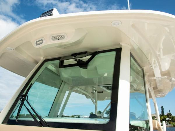 2020 Sailfish boat for sale, model of the boat is 360 CC & Image # 26 of 36